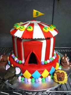 Circus Cake Specialty Cake Image